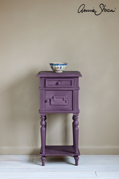 Annie Sloan rodmell side table